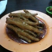 7/21/2011 tarihinde Stephanie S.ziyaretçi tarafından Restaurant Mei Sin 美新茶餐室'de çekilen fotoğraf