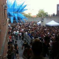 Photo taken at MoMA PS1 Contemporary Art Center by Ivie C. on 8/18/2012