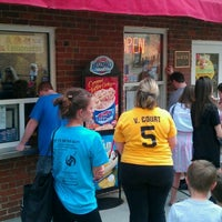 Photo taken at Dairy Queen by Christopher G. on 4/10/2011