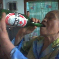Photo taken at Warkop Pak Gampang by Budi S. on 11/4/2011