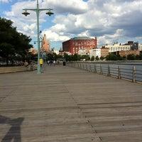 Das Foto wurde bei Pier 45 von Lori am 7/1/2011 aufgenommen