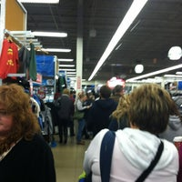 Photo taken at Old Navy by Jessie E. on 11/25/2011