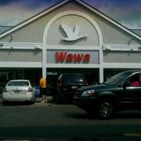 Photo taken at Wawa by Edward A W. on 7/12/2012
