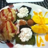 Foto tomada en Restaurante Japonés Zakuro por Caroline W. el 8/7/2011