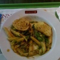 Photo taken at Spoleto Culinária Italiana by Camila B. on 4/10/2012
