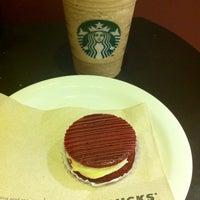 Foto tirada no(a) Starbucks por Hernandes S. em 4/7/2012
