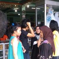 Photo taken at Keripik Balado Christine Hakim by HATTAR R. on 8/20/2012