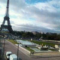 Photo prise au Jardins du Trocadéro par Mary B. le4/19/2012