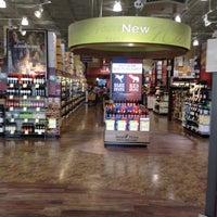 Photo prise au Total Wine & More par Rob C. le8/17/2012