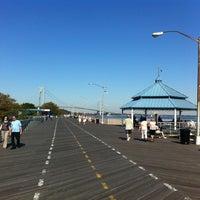 Das Foto wurde bei South Beach Boardwalk von Ethan H. am 10/9/2011 aufgenommen