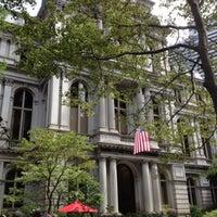 Foto tirada no(a) Old City Hall por Stephanie D. em 7/31/2012