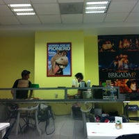 Photo taken at Famoso Pionero II by Salim V. on 6/5/2012