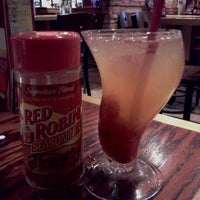 Photo taken at Red Robin Gourmet Burgers by John T. on 12/4/2011