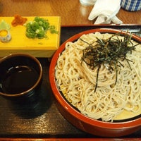 Photo taken at 麺坊 蕎麦博 by Masahiro N. on 9/8/2012