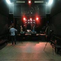 Foto tomada en Plano B por Pedro F. el 12/30/2011