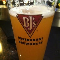 Photo taken at BJ's Restaurant and Brewhouse by Prestige auto works on 7/27/2011