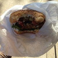 Foto tirada no(a) D.C. Vegetarian por Sarah A. em 10/18/2011