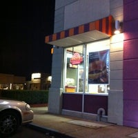 Photo taken at Dunkin Donuts by Cem on 3/26/2012