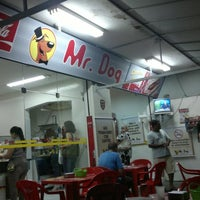 Photo taken at Mr. Dog by Bruno A. on 12/8/2011