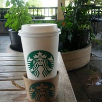 Photo taken at Starbucks by Chiu S. on 7/14/2012