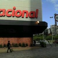 Foto tirada no(a) Nacional por Alexandre D. em 10/27/2011