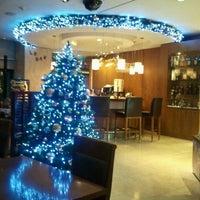 Foto tirada no(a) Ibis Ambassador Hotel por JeongA Y. em 11/29/2011
