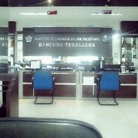 Photo taken at Kantor Pelayanan Pajak Pratama Bandung Tegallega by Hanawati H. on 5/8/2012