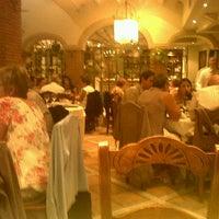 Photo taken at Restaurante El Cabildo by Pedro L. on 10/18/2011