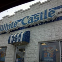 Photo taken at White Castle by Tracy Q. on 5/20/2012