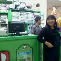 Photo prise au Pasar Pagi Mangga Dua par Asp S. le10/2/2011
