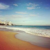 Снимок сделан в Ocean Park Beach пользователем cristina b. 12/2/2011