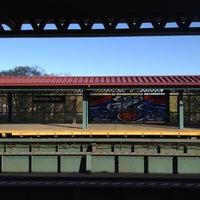 Photo taken at MTA Subway - Mosholu Parkway (4) by Noel S. on 4/8/2012