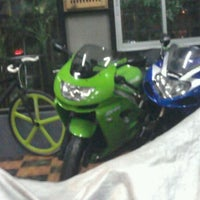 Photo taken at ร้านพี่ลอ by Hanaja P. on 9/3/2011