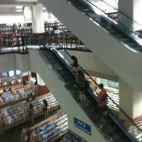 Photo taken at Barnes & Noble by Christina M. on 8/29/2011