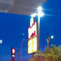 Photo taken at Wendy's by Jayson C. on 9/18/2011