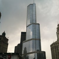 Foto tomada en Chicago Architecture Foundation River Cruise  por Bailey V. el 7/14/2012