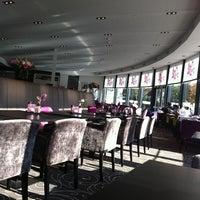 Photo taken at Van der Valk Hotel Nieuwerkerk by Ron v. on 10/31/2011