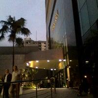 Foto tirada no(a) Shopping Frei Caneca por Felipe D. em 10/5/2011
