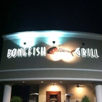 Photo taken at Bonefish Grill by Salon 427 on 12/22/2011