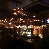 Foto tirada no(a) Two Door Tavern por Mary S. em 12/16/2011