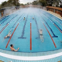 Photo prise au London Fields Lido par Evening Standard le7/2/2012
