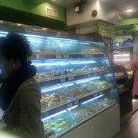 12/4/2011 tarihinde Melody d.ziyaretçi tarafından Fay Da Bakery'de çekilen fotoğraf