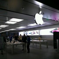 Photo taken at Apple Syracuse by Frank C. on 9/6/2012