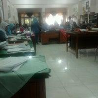 Photo taken at Meeting Room SMP Negeri 6 Surabaya by Ayu S. on 8/27/2012