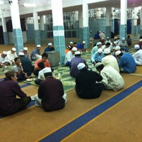Photo taken at Masjid Al-Mukminun by Ashraf J. on 9/24/2011