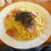Photo taken at スパゲティハウス ナベ by Kima T. on 9/24/2011