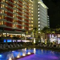 Photo taken at La Concha A Renaissance Resort by Simon B. on 12/30/2010