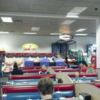 Photo taken at Chuck E. Cheese's by Vito D. on 12/22/2011