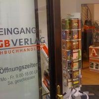 Photo taken at ÖGB Verlags - Fachbuchhandlung by thomas k. on 1/13/2011