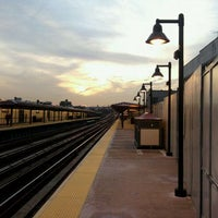 Photo taken at MTA Subway - 77th St (6) by 0zzzy on 10/18/2011